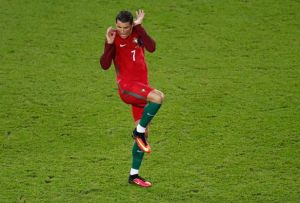 """Lol.. err, too much to handle Ronnie? C. Ronaldo """"in action"""" against Austria at the European Championships"""