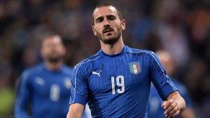 Italian Wall: Leonardo Bonucci in his country colours