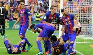 Who's To Blame?: Barcelona players in their game against Valencia in October 2o16. (Photo credit: Dailymail)